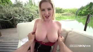 Curvy milf Georgie Lyall gives an extra lesson – itsPOV